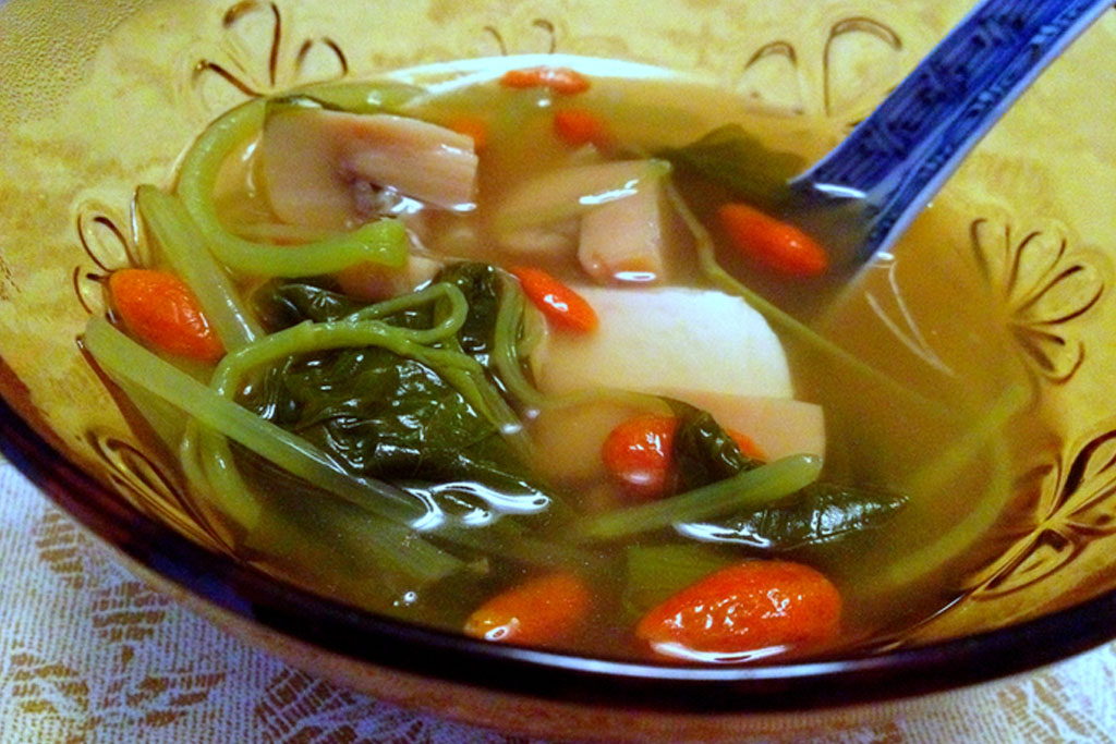 Miso-Soup-with-Tofu-and-Wolfberries.jpg